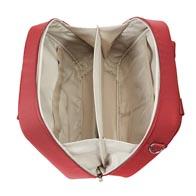 Intérieur pratique et équipé de poches filet aidant à maintenir les produits en place